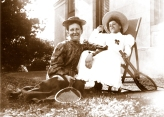 Sarah Annie Wragge and unidentified girl, at Yallambie, c1900, (Bill Bush Collection).